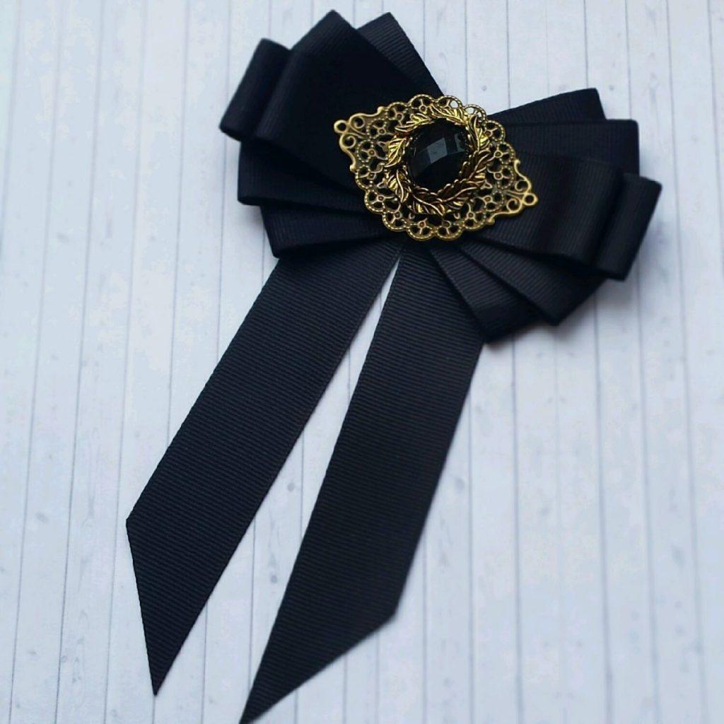 невозможно предложить галстук из лент своими руками фото обратной стороне