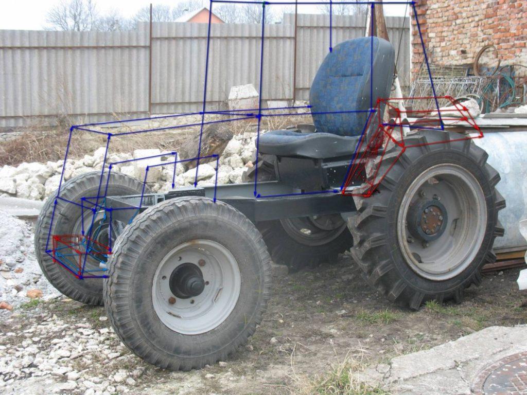 Как украсить внутри трактора своими руками фото