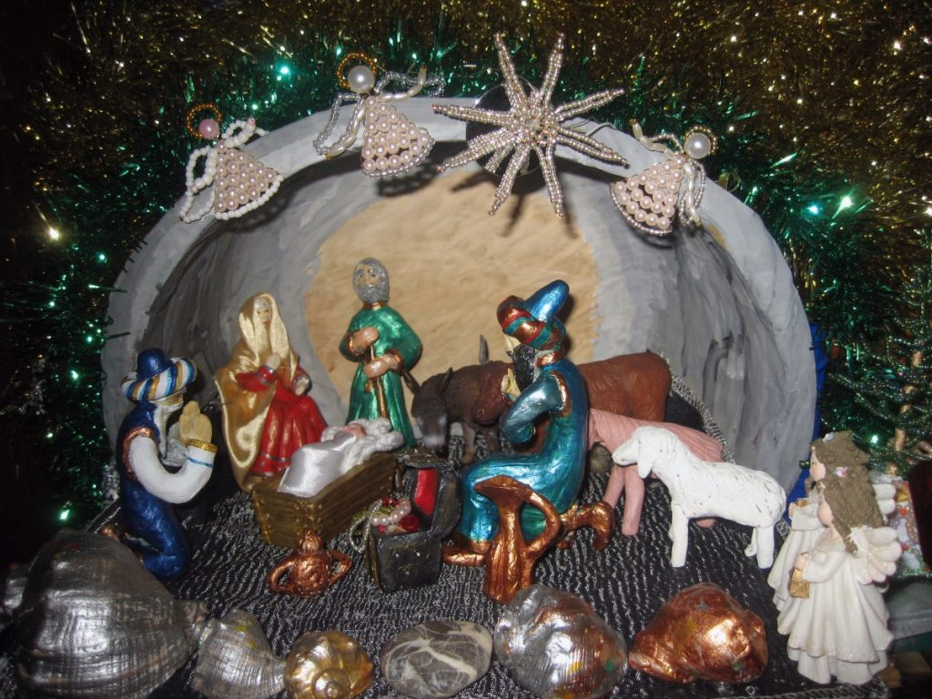 фильмам рождественские ясли своими руками фото лет подряд